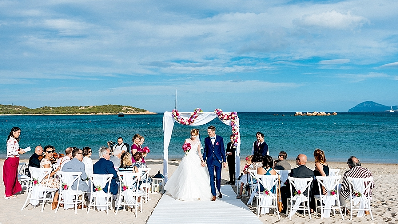 beach wedding in sardinia cala di volpe wedding
